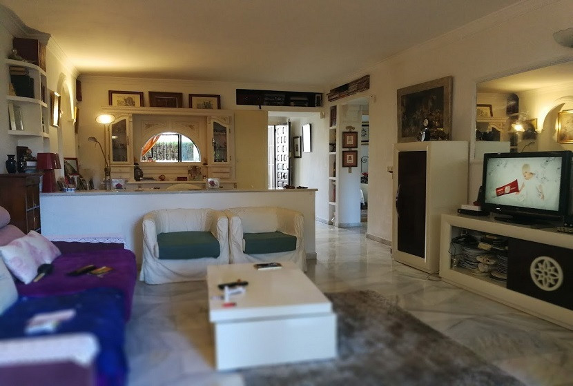 Wonderful flat for sale, ideal as a second residence since it is located in a coastal area. It is di, Spain