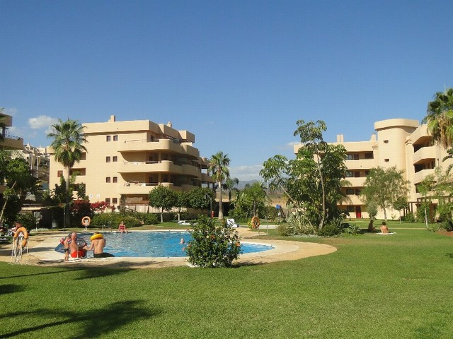 BEAUTIFULLY PRESENTED CORNER APARTMENT IN THIS SOUGHT AFTER DEVELOPMENT WITHIN 5 MINUTES WALK OF THE,Spain