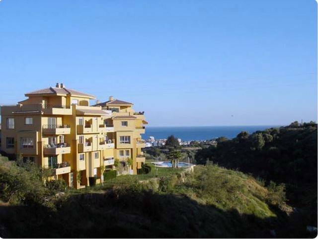 Unusual  6 bed double duplex Penthouse for sale in Mijas Costa  with  fabulous sea views, situated i,Spain