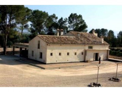 Impressive seven bedroom finca on 7 acres of rural land (30.000m2) near Bufali.  Fully modernised wi, Spain