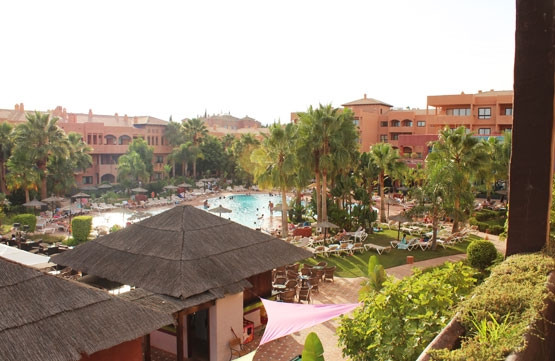 BANK REPOSSESSION, OFFERS WELCOME!! Magnificent apartment located in the hotel complex Pierre Vacanc,Spain