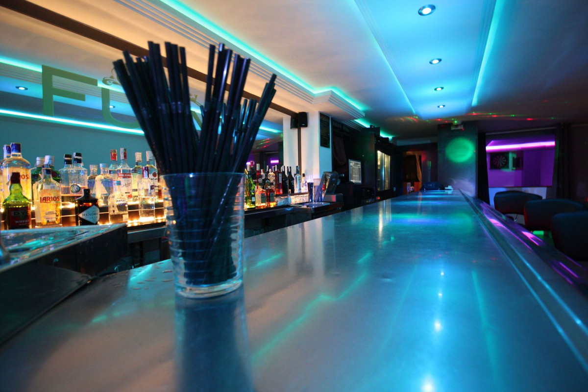 Unique opportunity to acquire a freehold commercial unit, fully licensed as a music bar with sound p,Spain