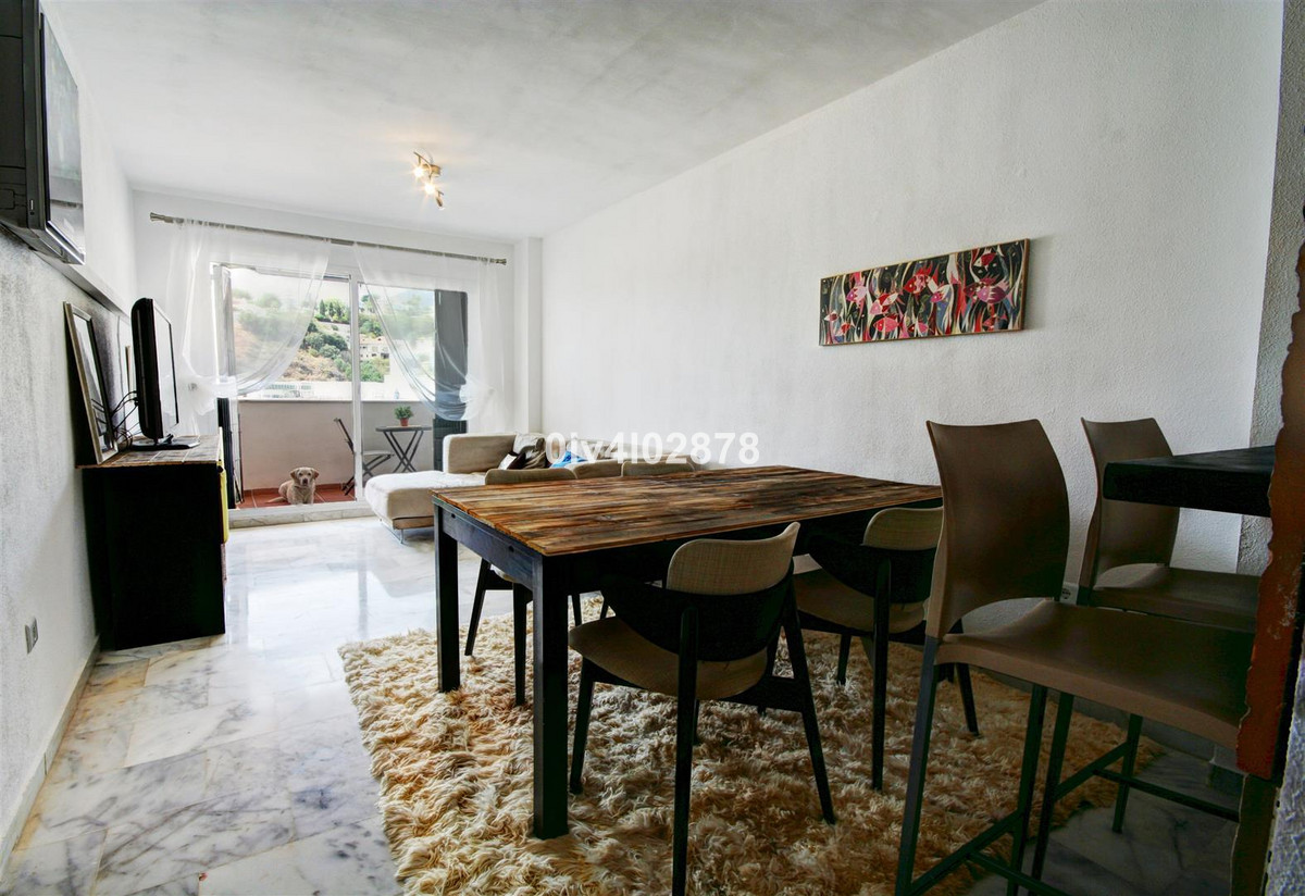 Great value 2 bed apartment in a relatively new complex within Nueva Torrequebrada. Apartment has be,Spain