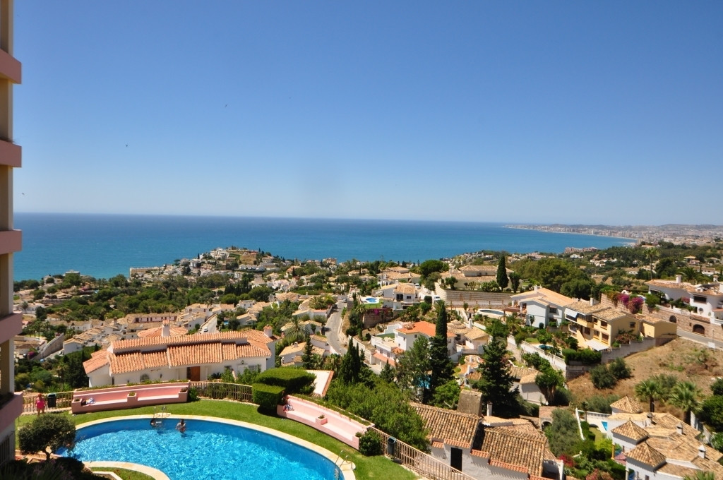 Superb one bedroom apartment in the upper area of Torremuelle with spectacular views to the sea. The,Spain