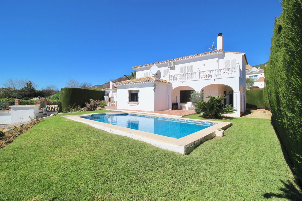 ***** OPPORTUNITY IN MIJAS PUEBLO - PRIVATE VILLA WITH OWN POOL AND PANORAMIC SEA VIEWS WALKING DIST, Spain