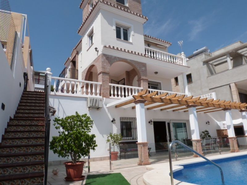 Fantastic villa located in the prestigious area of Vina Managa with wonderful views to the sea and m,Spain
