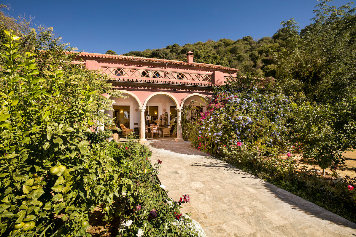 This really is an exceptional country property offering spacious accommodation and plenty of land fo, Spain