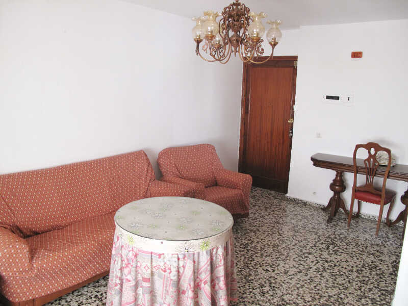 Apartment to reform in Barrio Santana, west side of Mijas Pueblo.   Located on firs floor the proper, Spain
