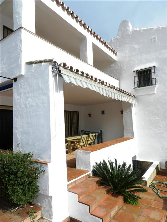 TOWNHOUSE IN THE DUQUESA GOLF  The property has a spacious accommodation for families, including 3 b,Spain
