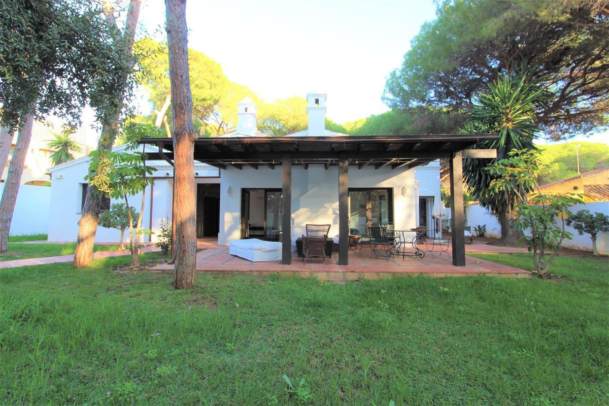 Charming house close to the beach, independent garden, close to supermarkets and restaurants, good l, Spain