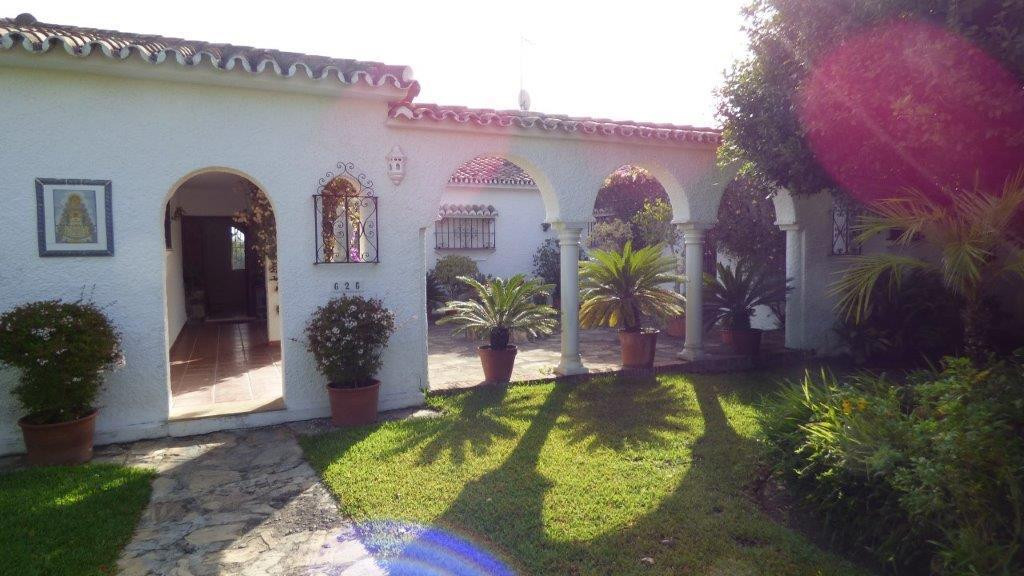 Front line Golf Villa in the sought after area of Guadalmina Alta, Marbella, next to one of the most, Spain