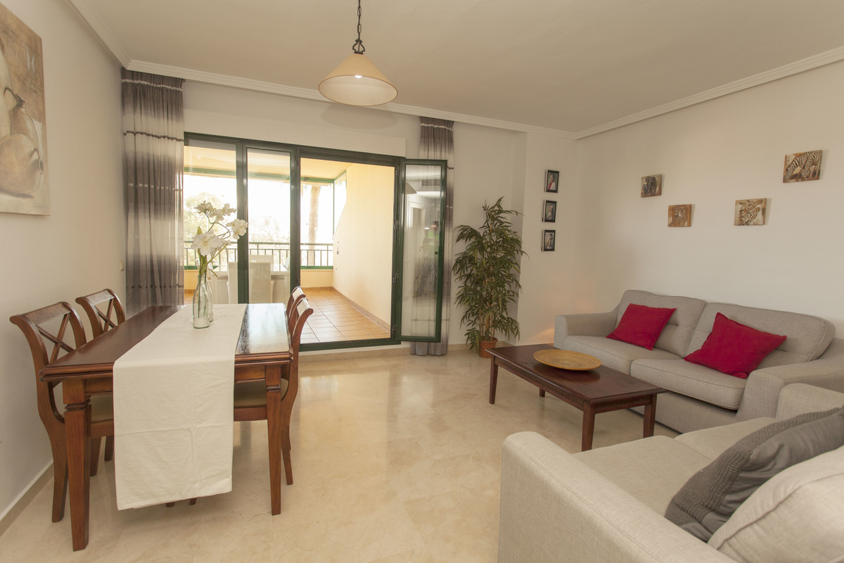 Price reduced for a quick sale. Fantastic 2 bedroom, 2 bathroom corner apartment located on the seco,Spain