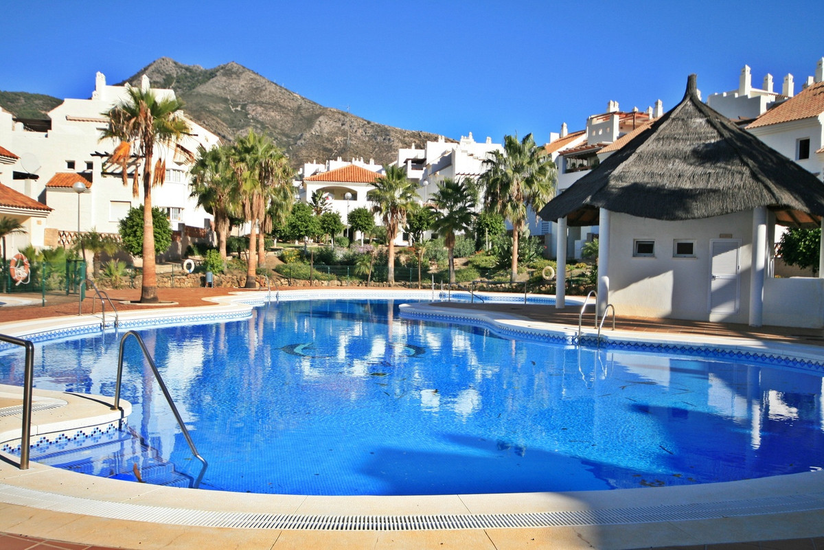 Beautiful 2 bedroom apartment in the heart of Benalmadena with amazing sea views! This perfect prope, Spain