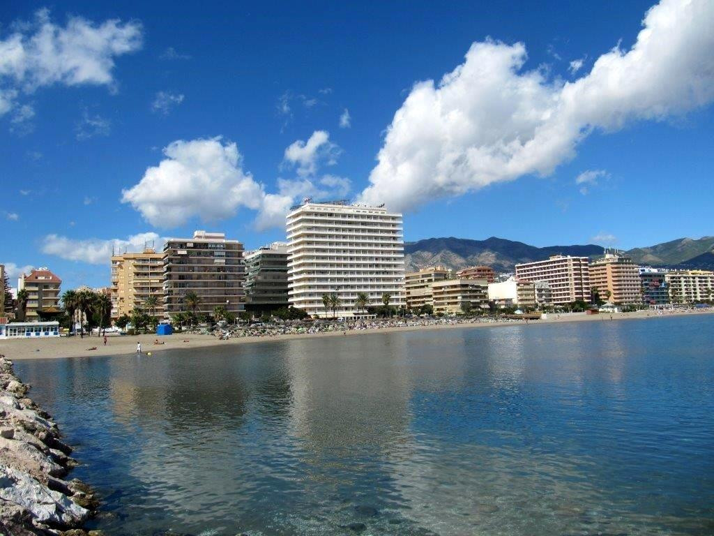 Frontline beach apartment in Fuengirola on the Costa Del Sol. Has wonderful covered terrace to be ab,Spain