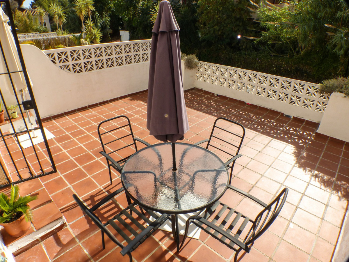 STUNNING TOWHOUSE IN TORREMUELLE (BENALMADENA) WITH COMMUNITY POOL AND GARDENS  Townhouse in Benalma,Spain