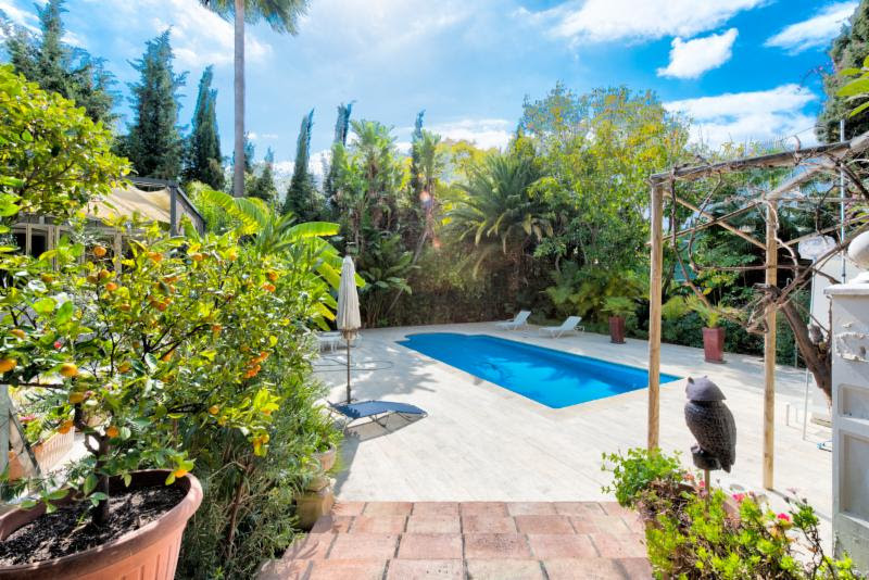 Beautiful 3 bedroom, 3 bathroom family villa totally renovated in 2012 by a German constructer set i,Spain
