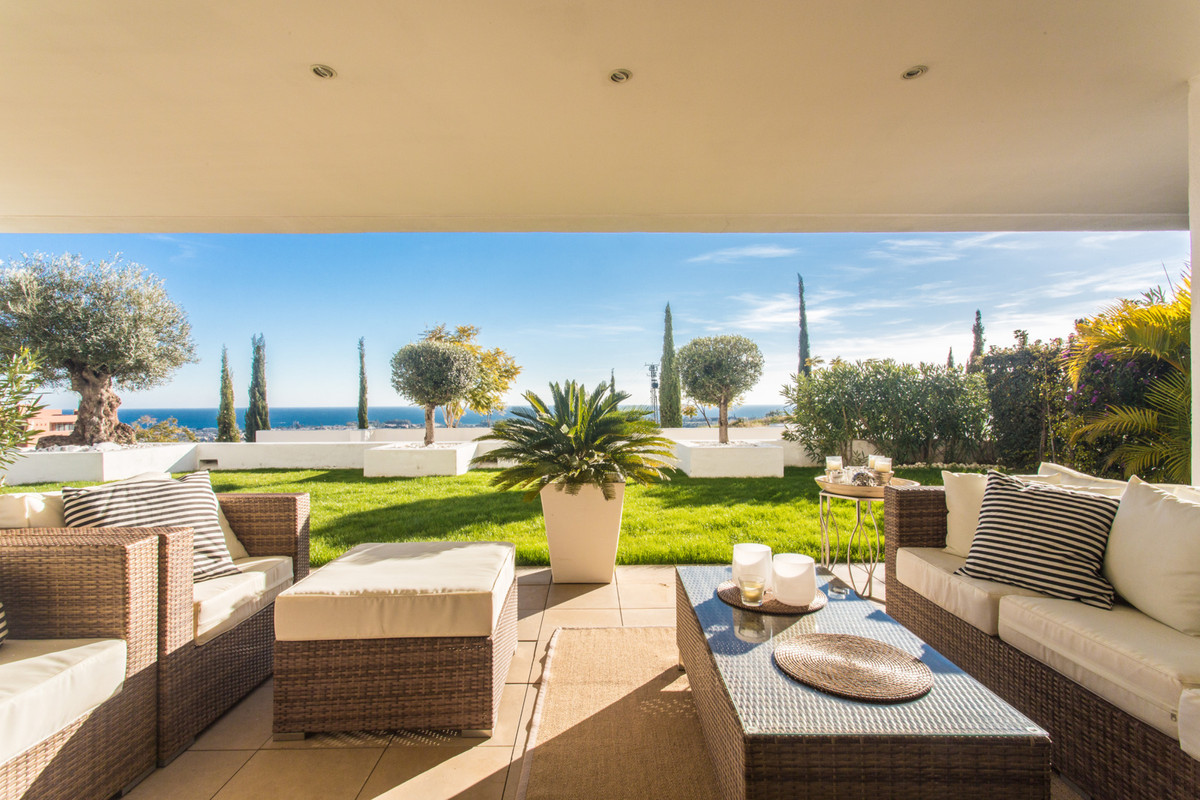 Stunning 2 bed 2 bath ground floor apartment with private garden in the contemporary development of , Spain