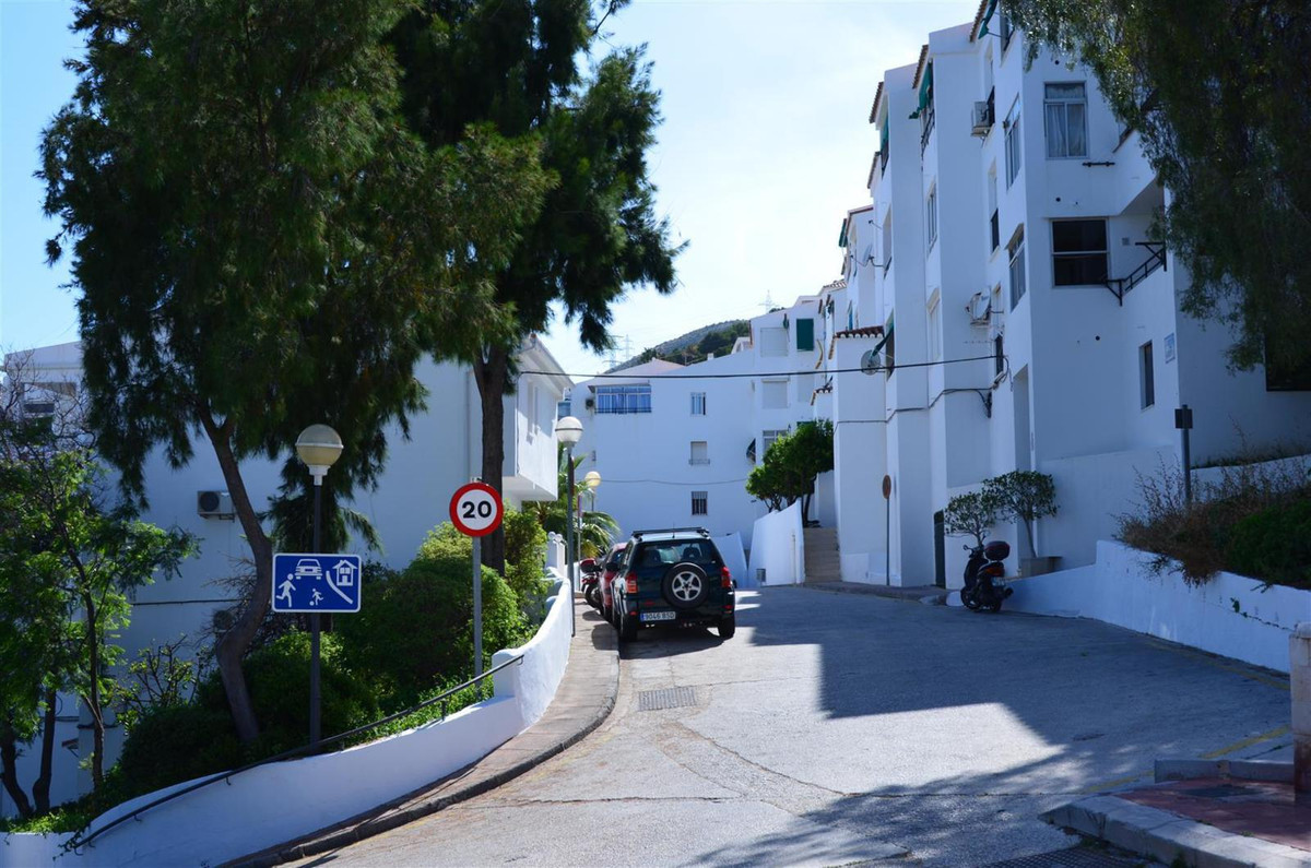There are decisive factors when make a decision as important as buying a house, and one of the most ,Spain