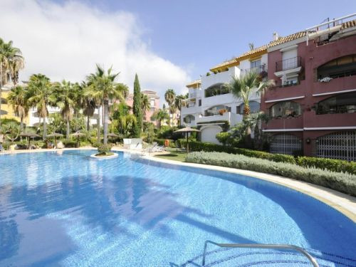 """FLAWLESS 2 bedrooms ground-floor  apartment in a gated complex on the Golden Mile. Large commu, Spain"