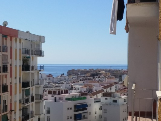 """""""Great Opportunity! Fantastic home with little investment to have a great apartment. Located in,Spain"""