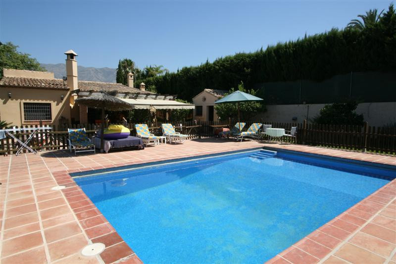 This charming one level property is located near the Mijas golf course, just 10 minutes driving to F, Spain