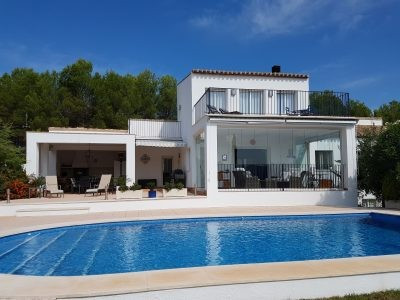 Lovely, very well maintained 2 storey villa of 300m2 on a fenced plot of app 2900m2. Quiet and priva, Spain