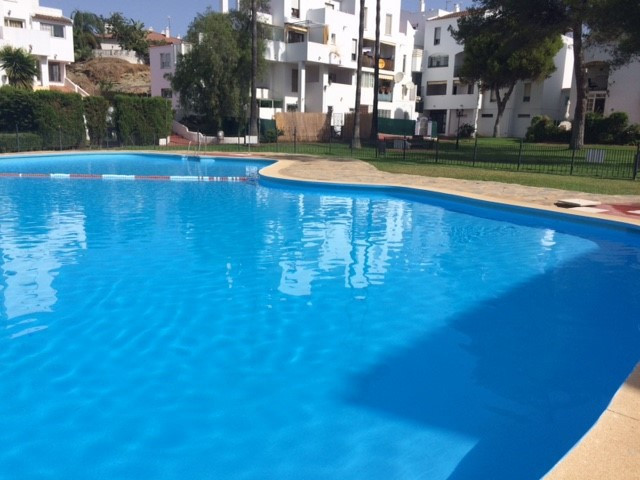 Ground floor apartment in Parque Elviria, Marbella. Gated urbanization with gardens and communal poo, Spain