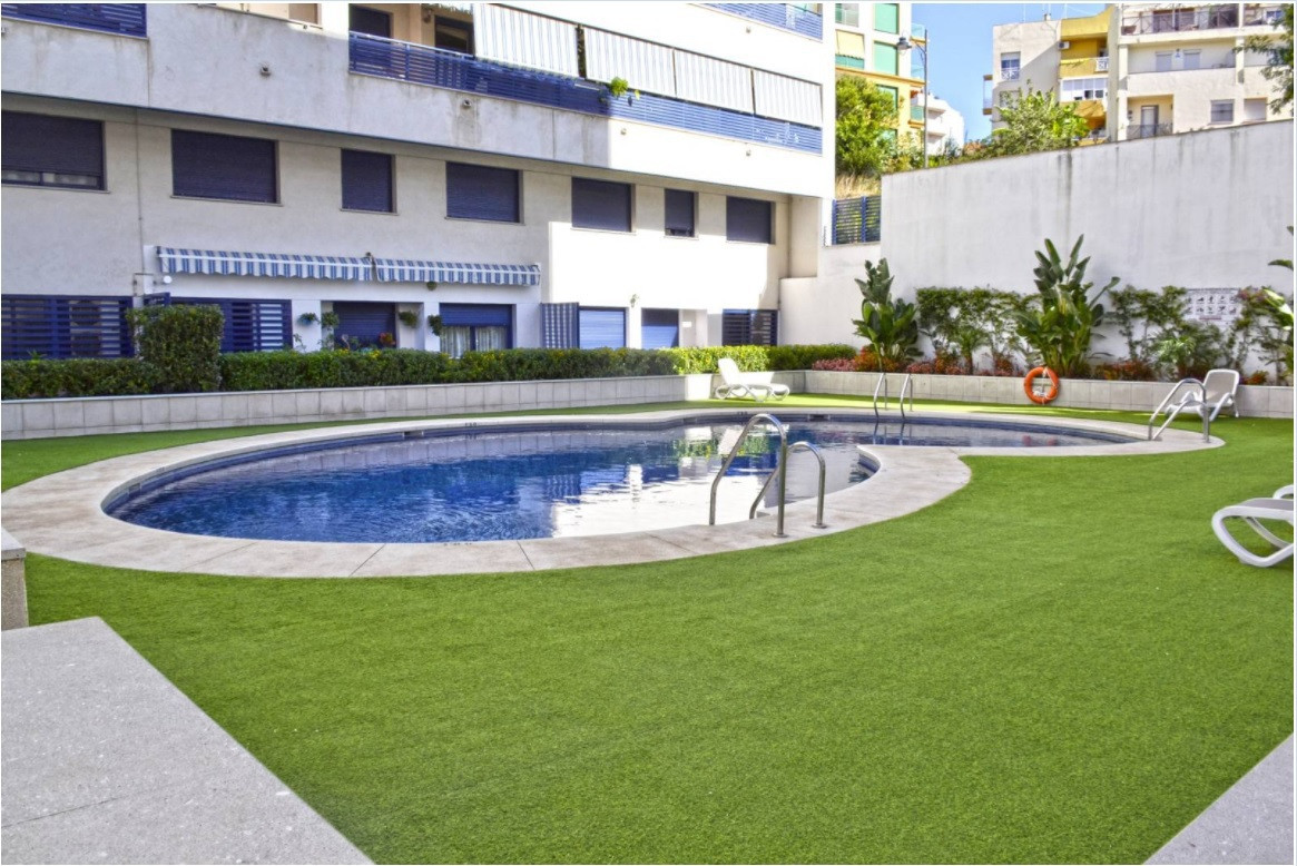 Great opportunity to acquire a modern apartment near the port of Estepona. Walking distance to beach, Spain