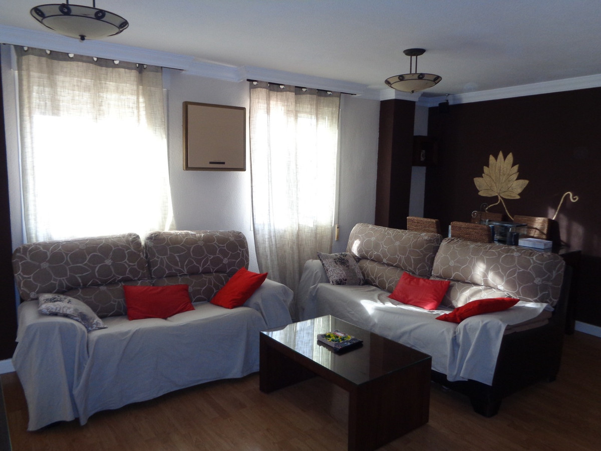 Fantastic apartment in the Olletas area, Consists of 78M 2 bedrooms before 3, a very large living roSpain