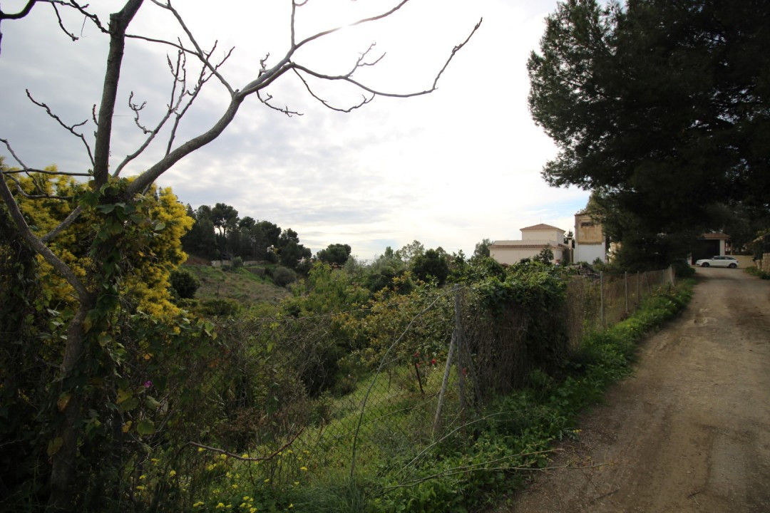 Beautiful plot overlooking the sea in Mezquitilla, land is 556m 2 and is buildable. It is close to t,Spain