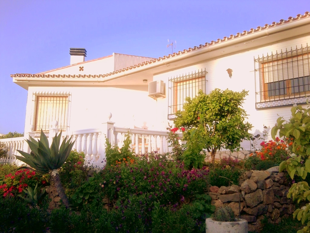 Villa in Malaga capital only 5 minutes from the city centre and the beach, with garden a of 1061 m2,, Spain
