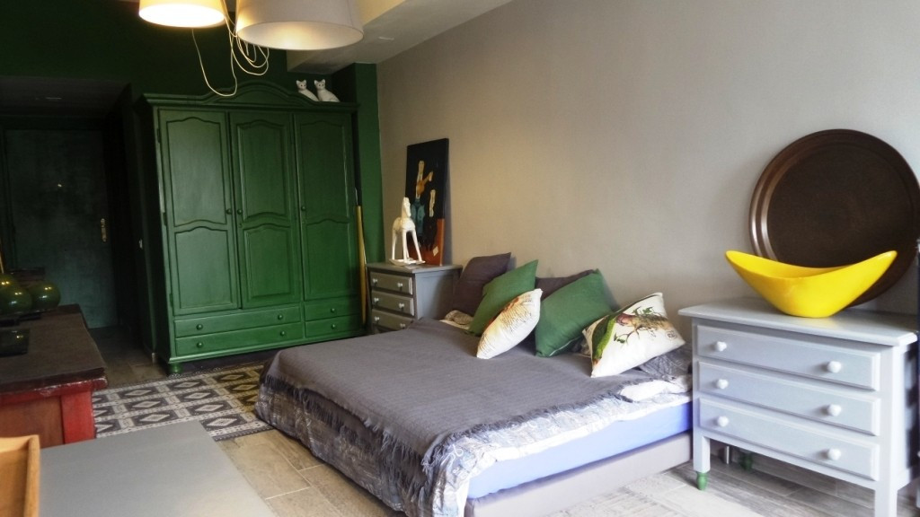 IMPECCABLE FLAT RECENTLY REFURBISHED, Located 5 minutes walking  from the beach and 15 minutes from , Spain