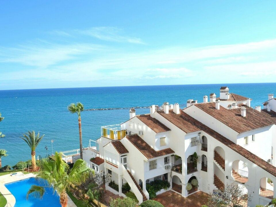 Outstanding apartment 2 beds 1 bath. Front line. Totally refurbished. Outstanding sea views. Sunny a,Spain