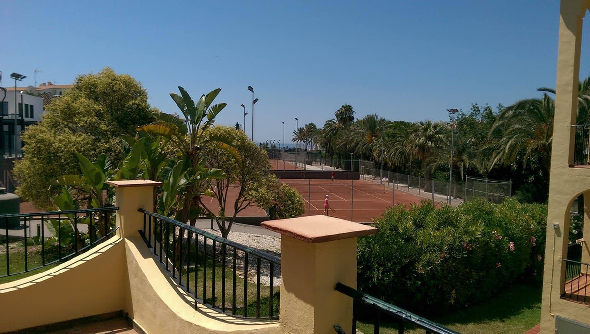 Beautiful corner townhouse of 2 bedrooms plus 1 bathroom and a toilet, living room-dining room with ,Spain