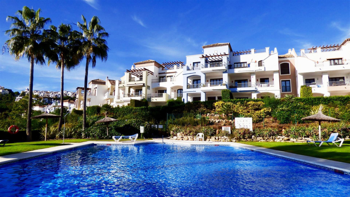 Beautiful 3 Bedrooms and 2 Bathrooms Apartment located in one of the most sought after area in the C, Spain