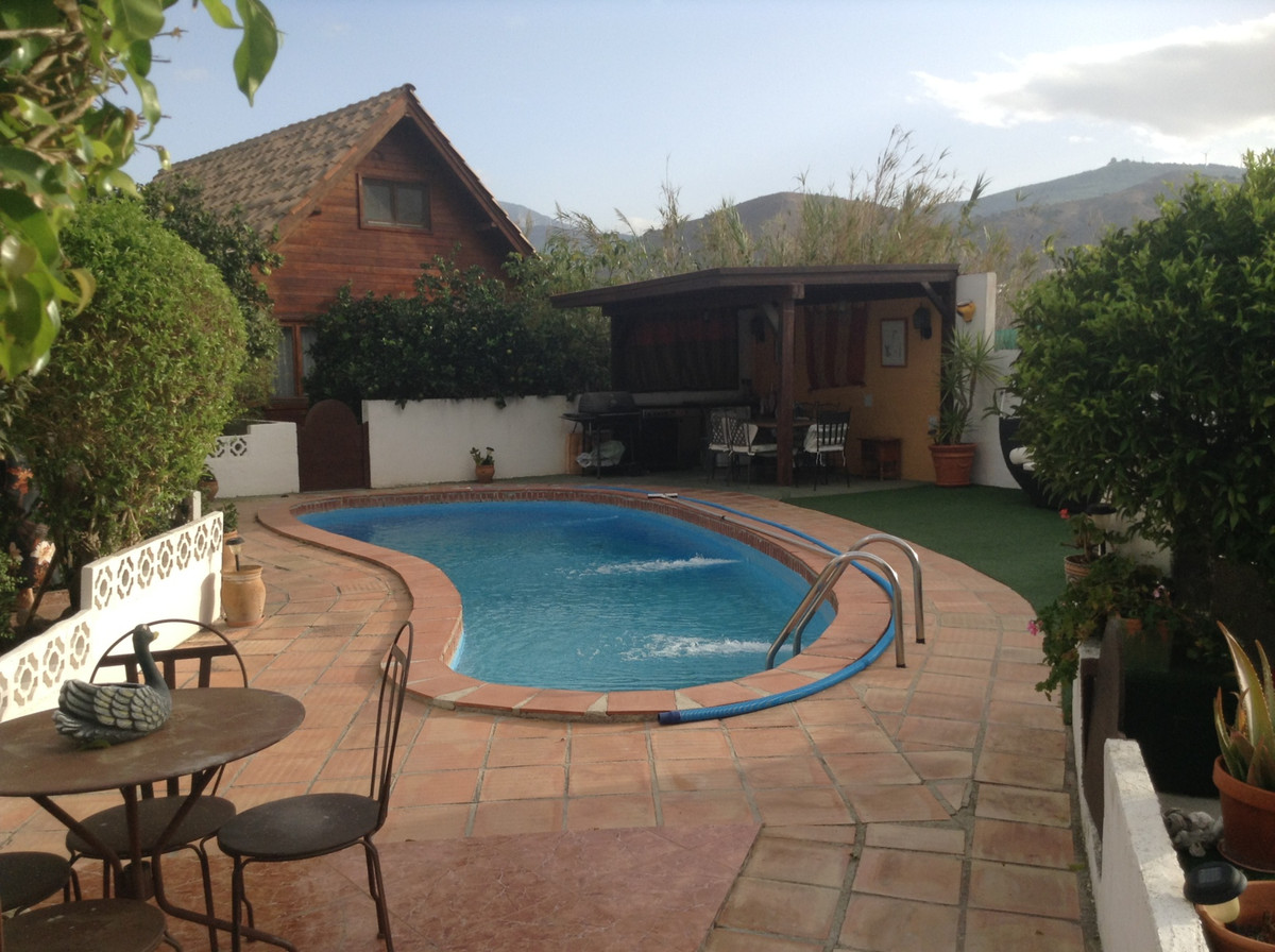 Traditional Spanish cortijo set in a little over 1000 sq. meters of land laid to numerous fruit tree, Spain