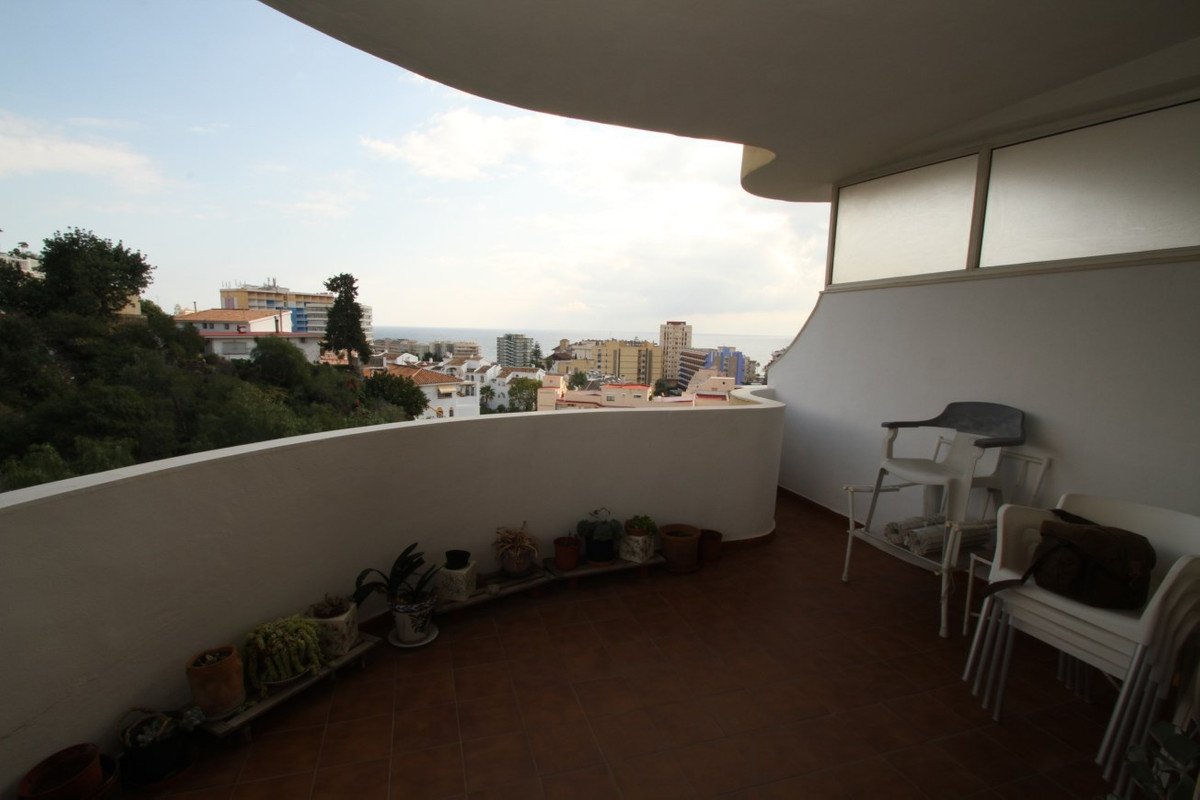 APARTMENT WITH WONDERFUL SEA AND MOUNTAINS VIEWS!!! This sunny apartment has 2 bedrooms, 2 bathrooms, Spain