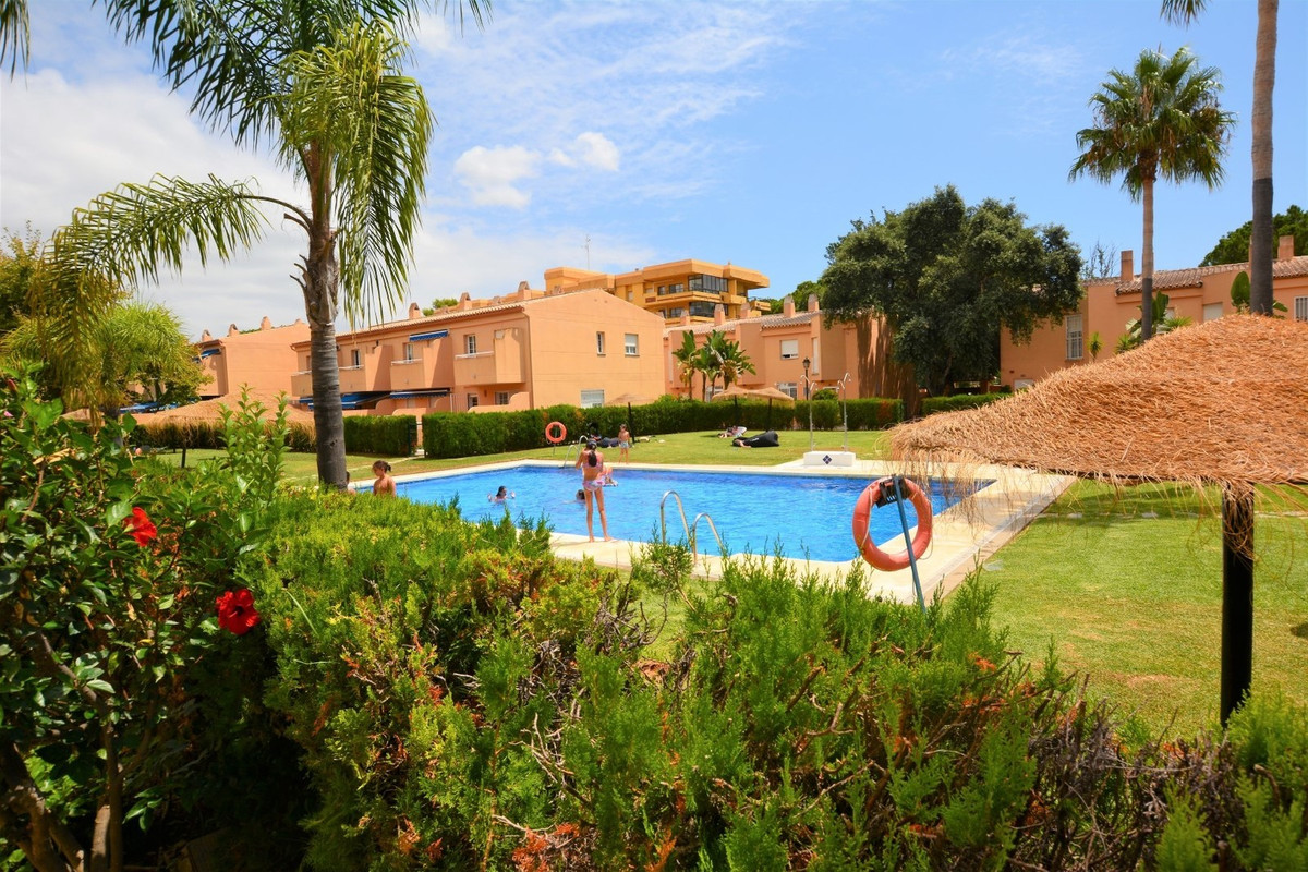 SPACIOUS AND LUMINOUS APARTMENT, 250 METERS FROM THE BEST BEACHES OF MARBELLA !! Cozy and spacious a, Spain