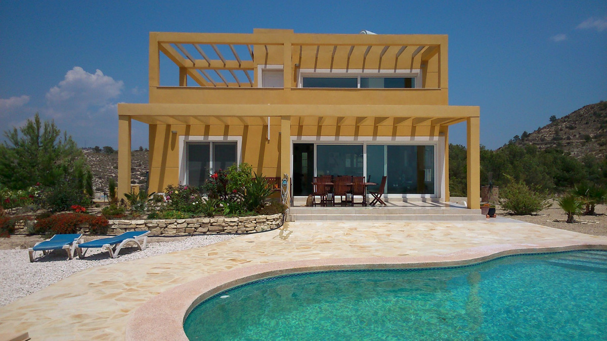 Splendid modern villa of 6 rooms in total with private swimming pool located at the top of an immens,Spain