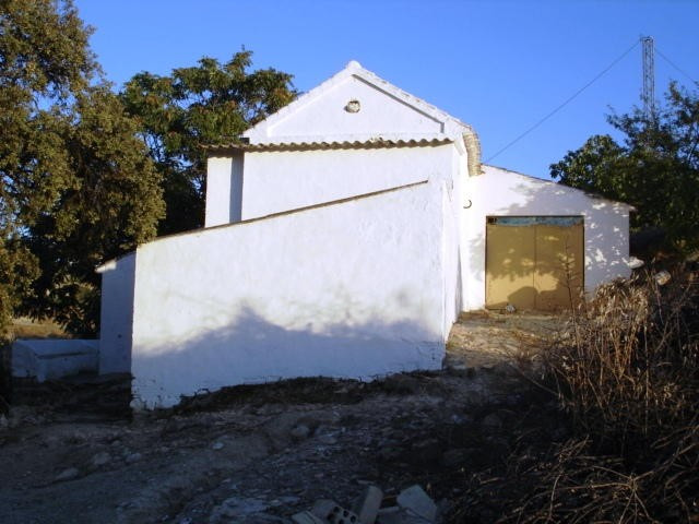 3 Bedroom. 1 Bathrrom. Garage. Outbuildings. Need Reform.... More Info 3 Bedroom. 1 Bathrrom. Garage, Spain