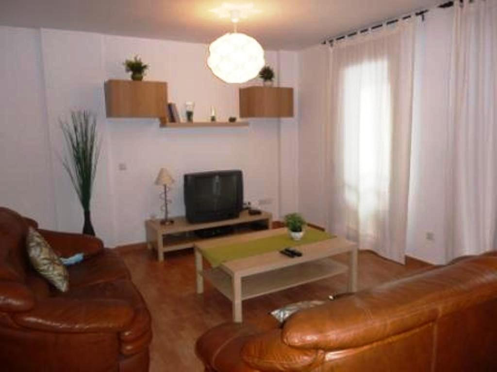 Beautiful semi new apartment in the midst of town. The property consists of 2 spacious bedrooms, 2 b, Spain