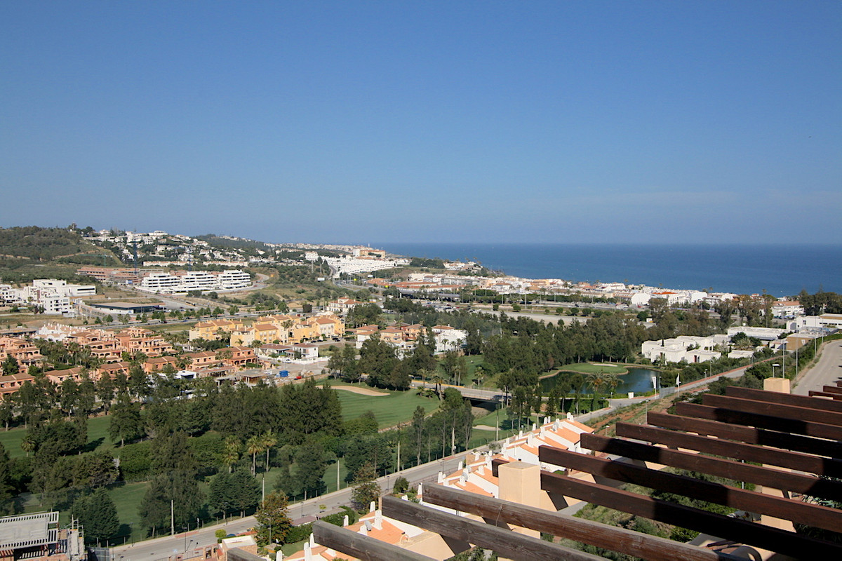 Townhouse for sale in La Cala, with panoramic views to the sea and to the golf course. The property Spain