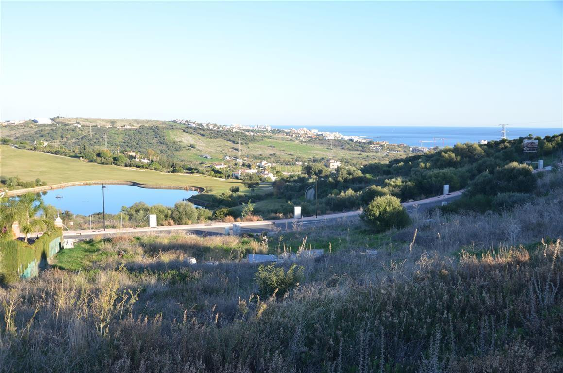 FANTASTIC PLOT in a wonderful urbanization, south facing, beautiful golf views. Located only 5 min. , Spain