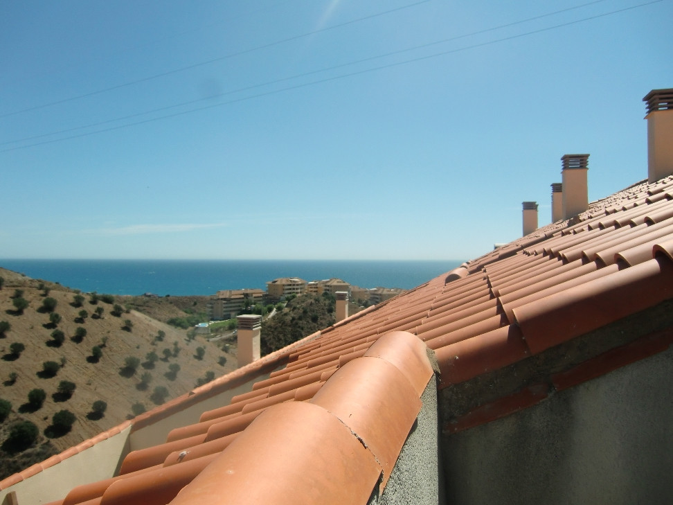 Nice duplex penthouse in Torreblanca, ideal for living all year round or as a holiday home.  The pro,Spain