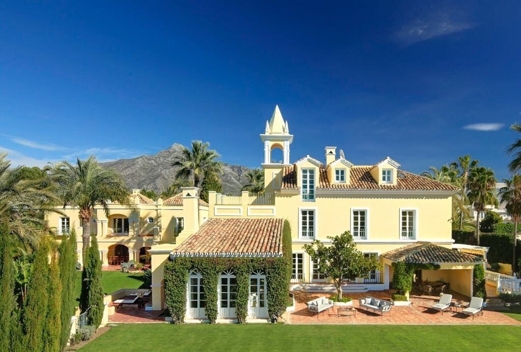 Built in a classical château style yet with all modern amenities, Villa Poniente is arranged across , Spain