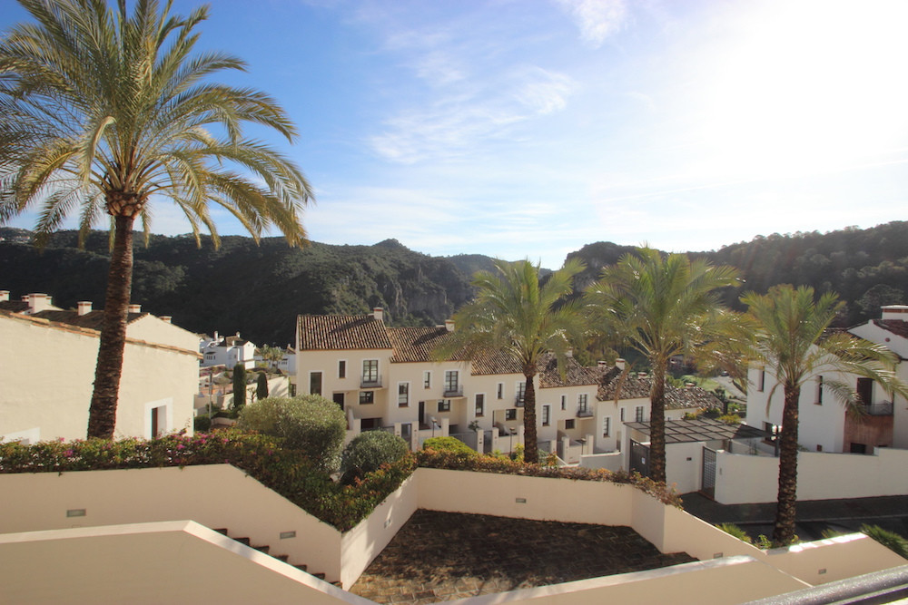Beautiful townhouse for sale with stunning views of the Guadalmina river valley in one of the most p,Spain