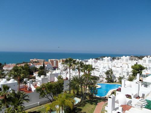 Precioso adosado con magnificas vistas al mar, varias terrazas y solarium, con cocina de verano, a s,Spain
