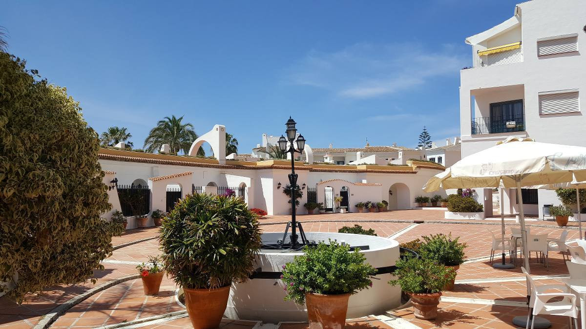 1 BEDROOM APARTMENT (Sleeps 4 persons) PUERTO CABOPINO IS A SPECIAL PLACE ON THE COSTA DEL SOL and p,Spain