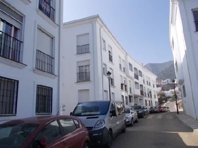 Property located in Ojen, Marbella, Malaga. Bank repossession apartment of 72m2 built. Consist of tw, Spain