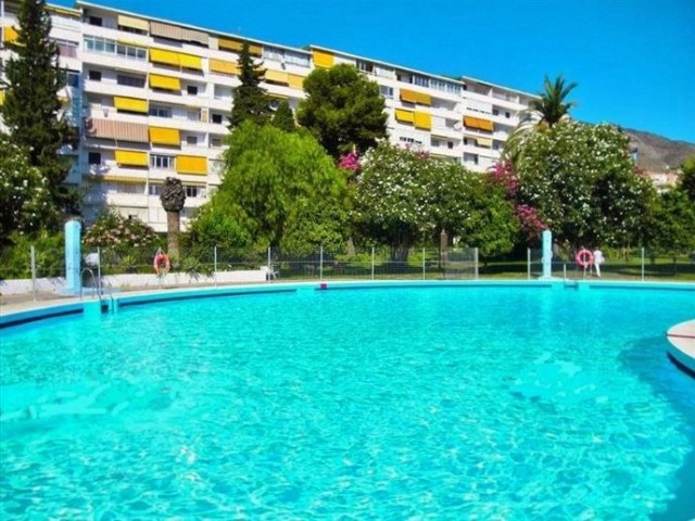 Bright & airy apartment in Arroyo de la Miel, newly refurbished. The complex has a very large ga,Spain